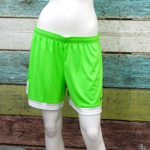 552708cd0 Under Armour Shorts - Under Armour Green Maquina Shorts Large Womens NWT
